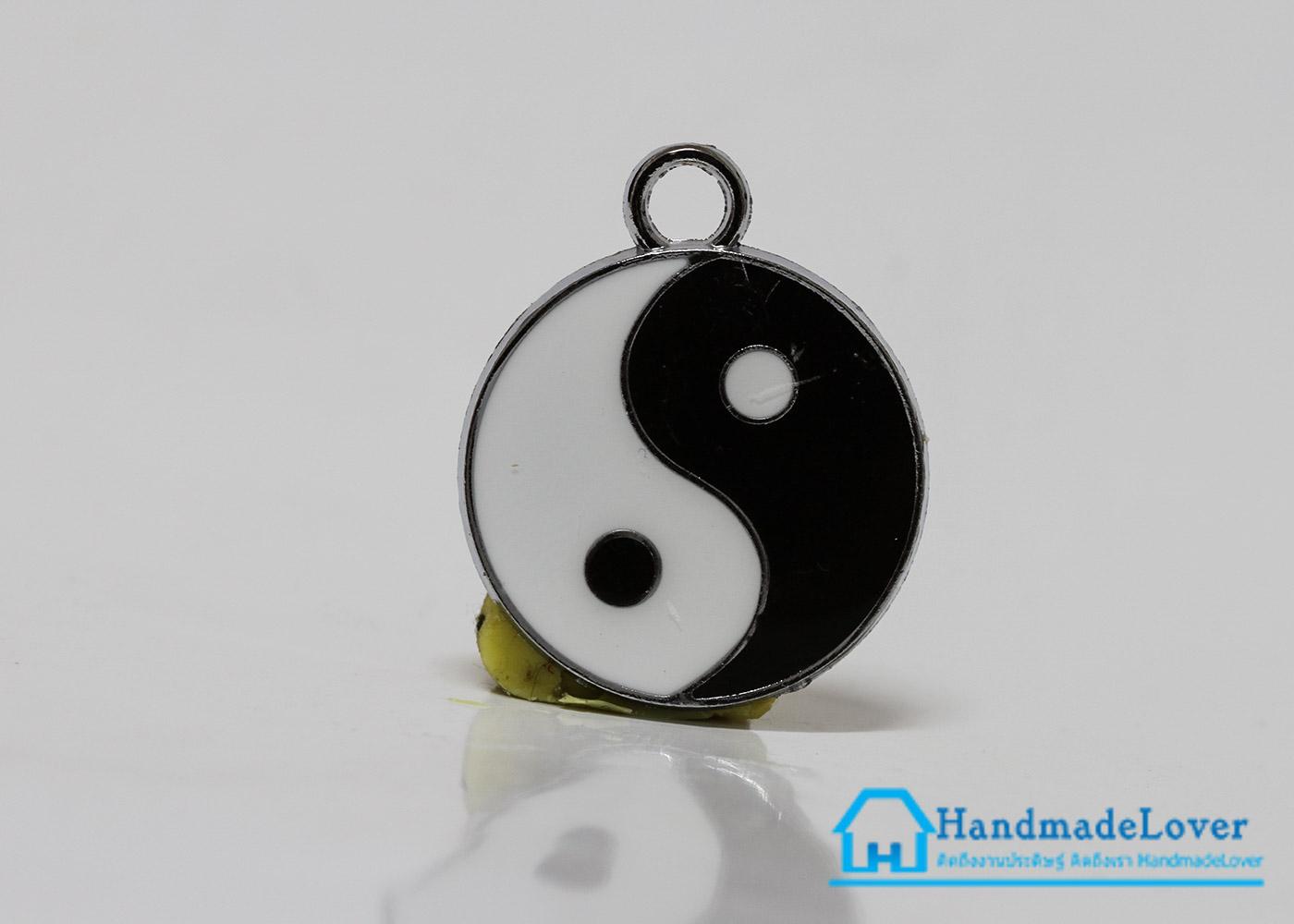 จี้อัลลอยด์ เคลือบสี รูปหยิน-หยาง (yin-yang)
