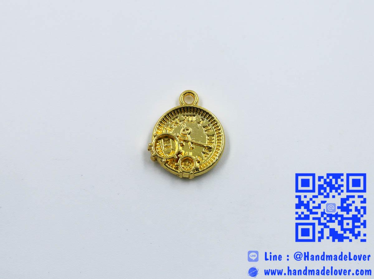 จี้โลหะสีทอง รูปนาฬิกา
