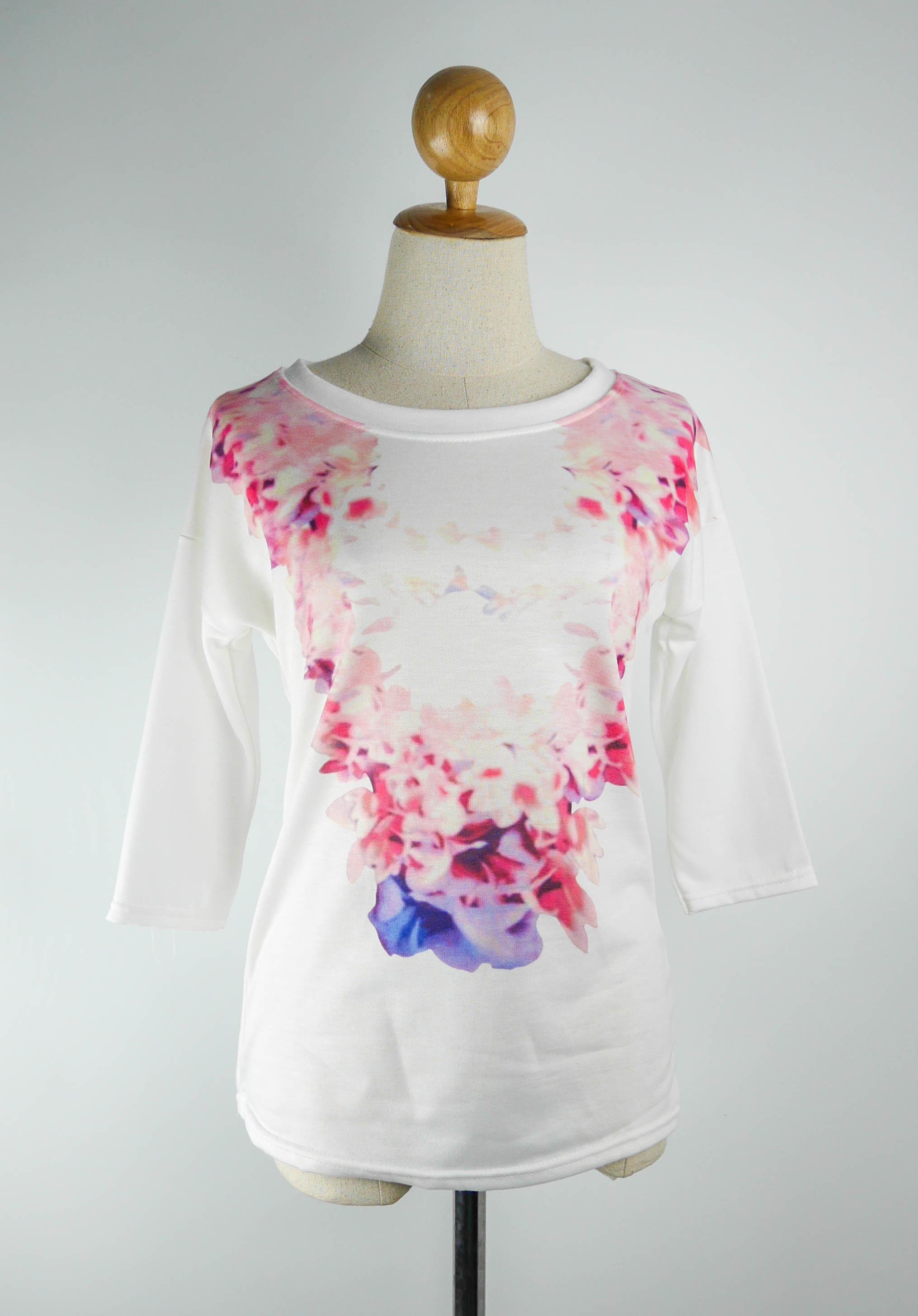 เสื้อยืดแฟชั่น พิมพ์ลายดอกไม้ สีขาว