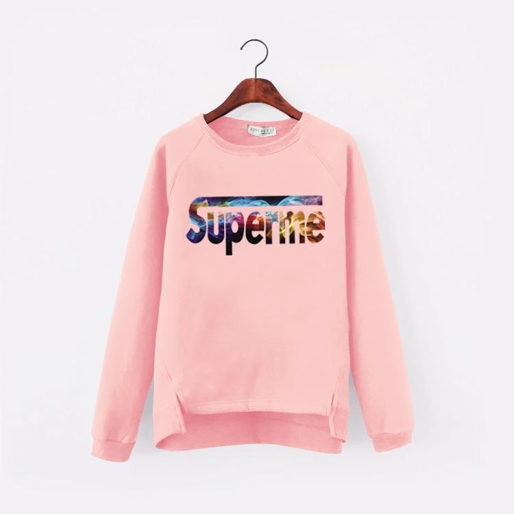 เสื้อแฟชั่น คอกลม แขนยาว บุกันหนาว ลาย superme สีชมพู
