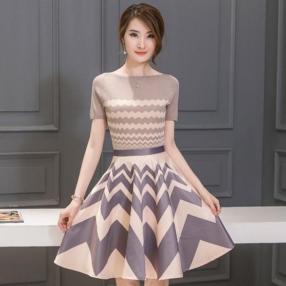 ชุดแฟชั่นเกาหลีสวยๆ ชุดเซ็ทเข้าชุด เสื้อ+กระโปรงสั้น โทนสีชมพู ม่วง