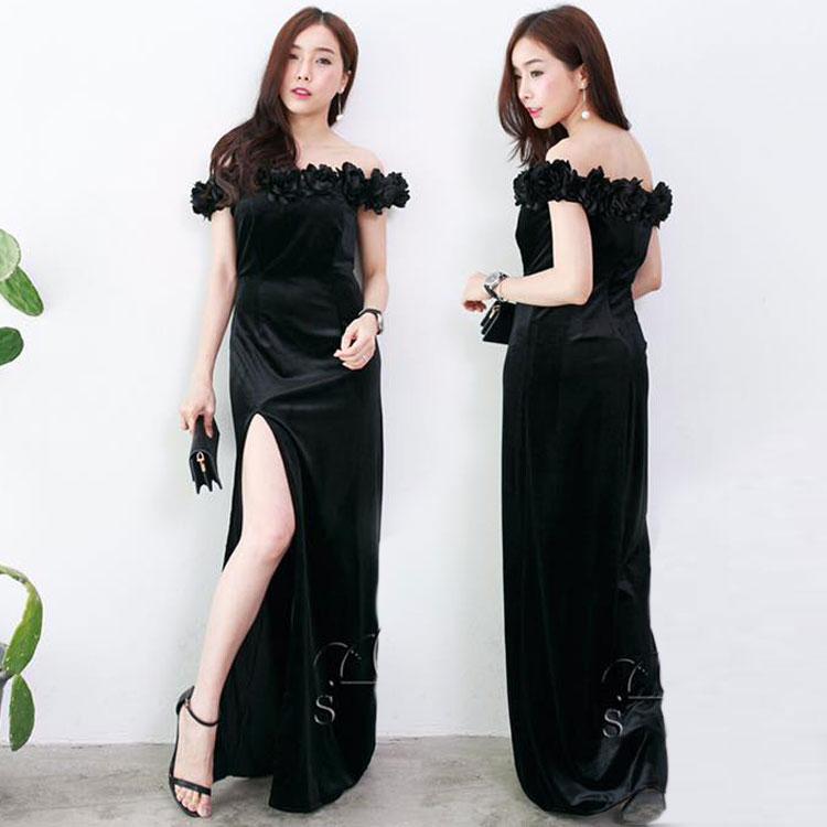 ชุดออกงานสีดำ เดรสยาวผ้ากำมะหยี รอบไหล่ แต่งด้วยดอกไม้ งานไฮโซมากๆๆๆ