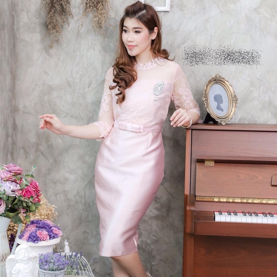 ชุดเดรสออกงาน ชุดไปงานแต่งงานสีชมพู ผ้าไหมแขนสามส่วน เข้ารูป สวยหรู ดูดีมากๆ