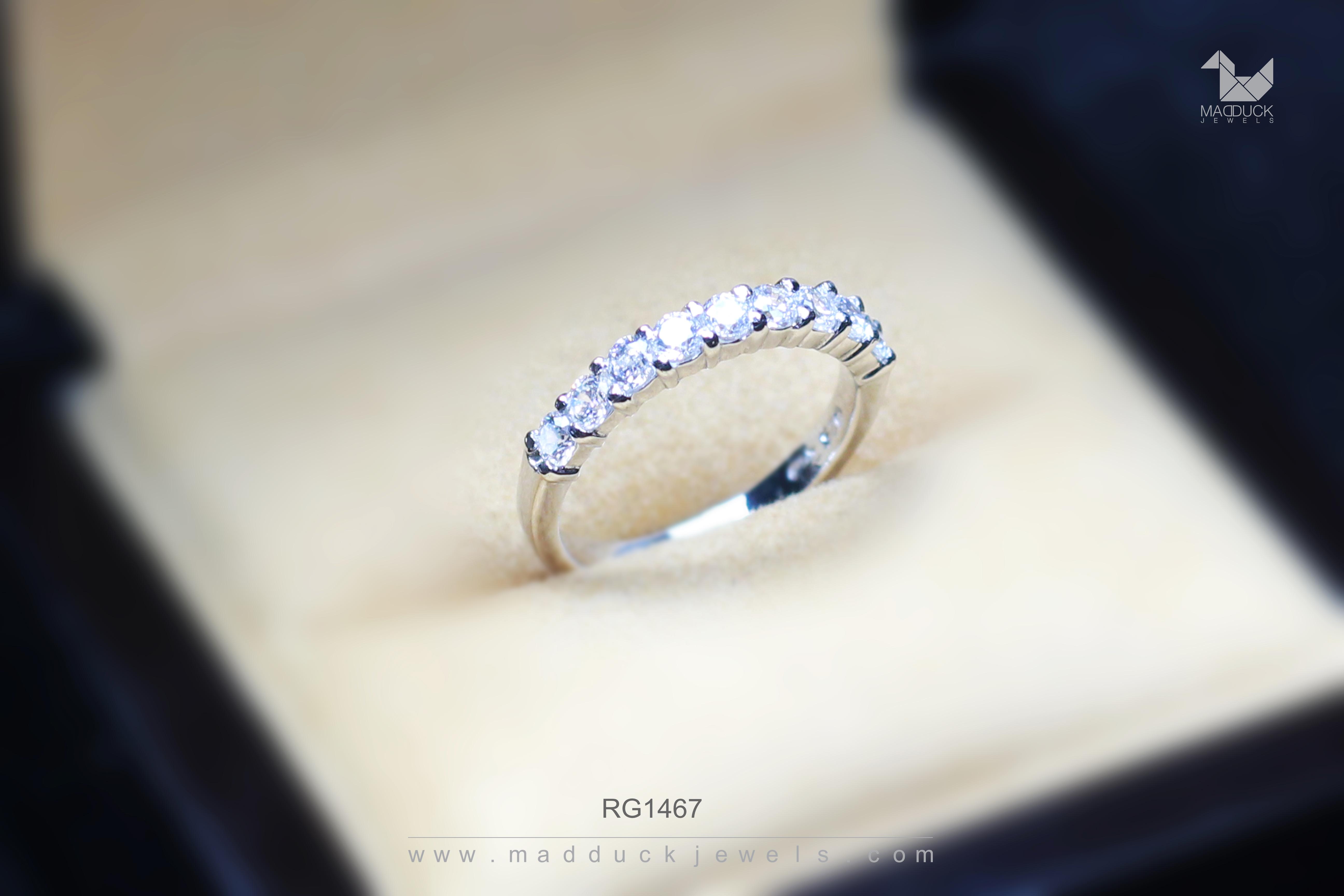 แหวนเงินแท้ เพชรสังเคราะห์ ชุบทองคำขาว รุ่น RG1467 Niner