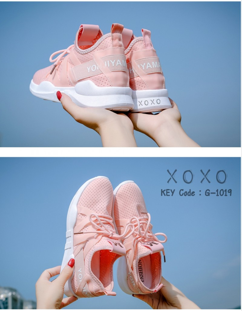 รองเท้าผ้าใบเสริมส้นสีชมพู ด้านข้างมี upper ดึงกระชับ (สีชมพู )