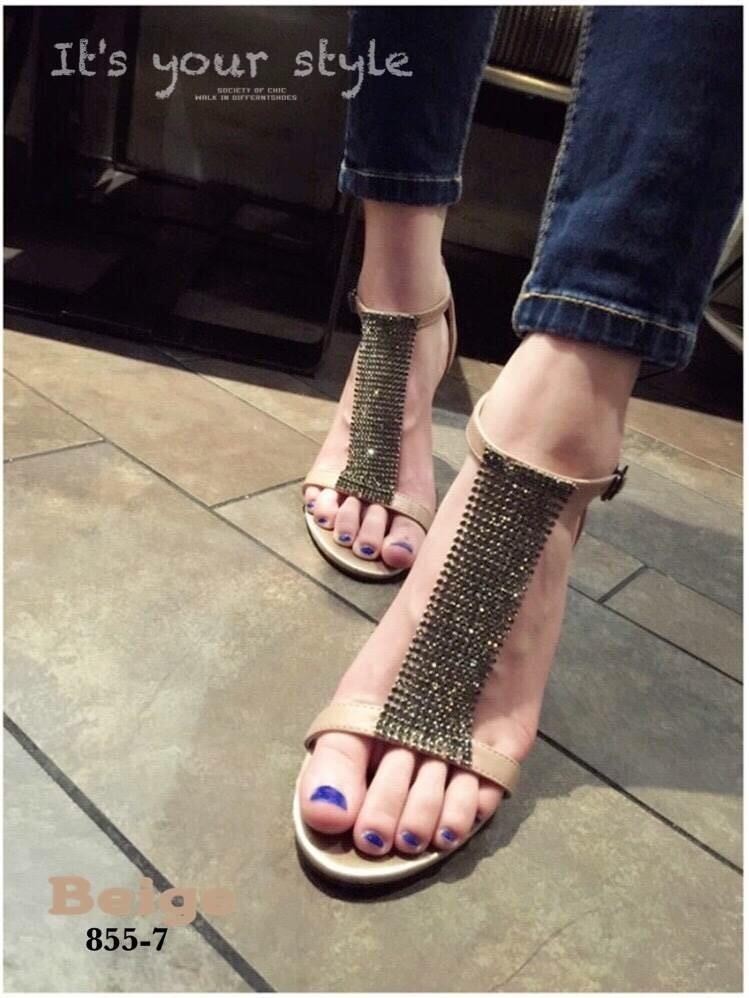 รองเท้าส้นเข็มหุ้มข้อสีเบจ ผ้าสักหราด แฟชั่นเกาหลี (สีเบจ )