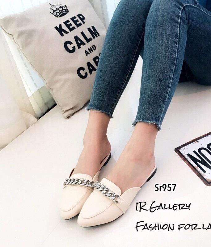 รองเท้าส้นเตี้ยสีครีม เปิดส้น Style Givenchy (สีครีม )