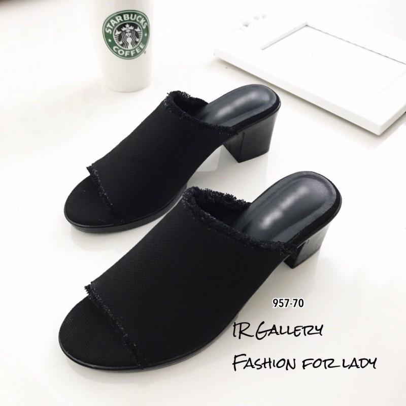 รองเท้าส้นตันเปิดส้นสีดำ ผ้ายีนส์แต่งชายลุ่ย (สีดำ )