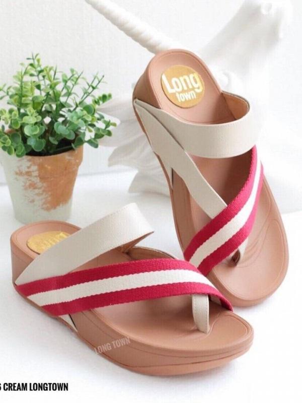 รองเท้าแตะเพื่อสุขภาพ สไตล์ลำลอง หูหนีบ เสริมพื้น (สีครีม )
