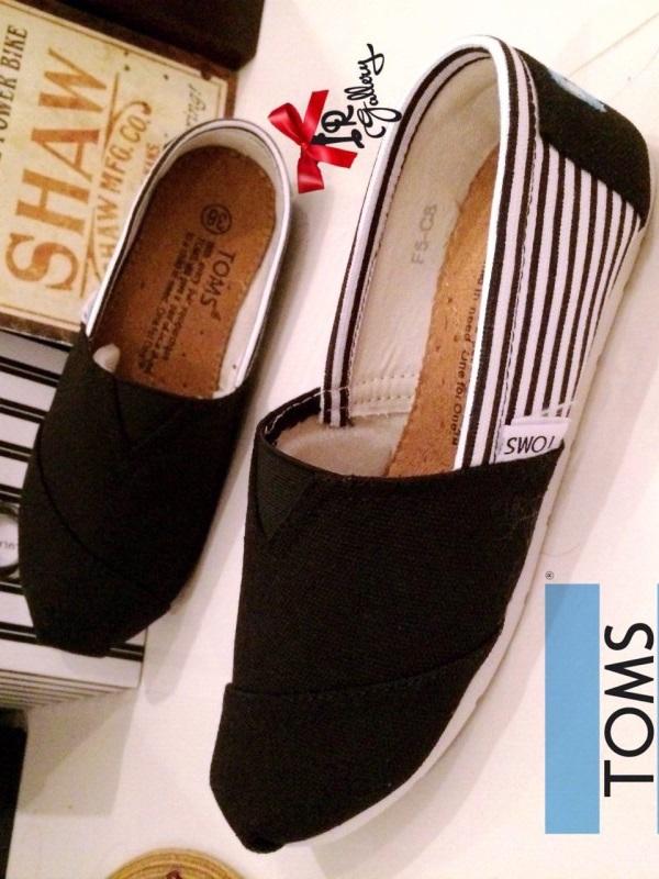 รองเท้าผ้าใบ ผ้าแคนวาสนิ่ม งานคุณภาพ Style Brand Toms (สีดำ )