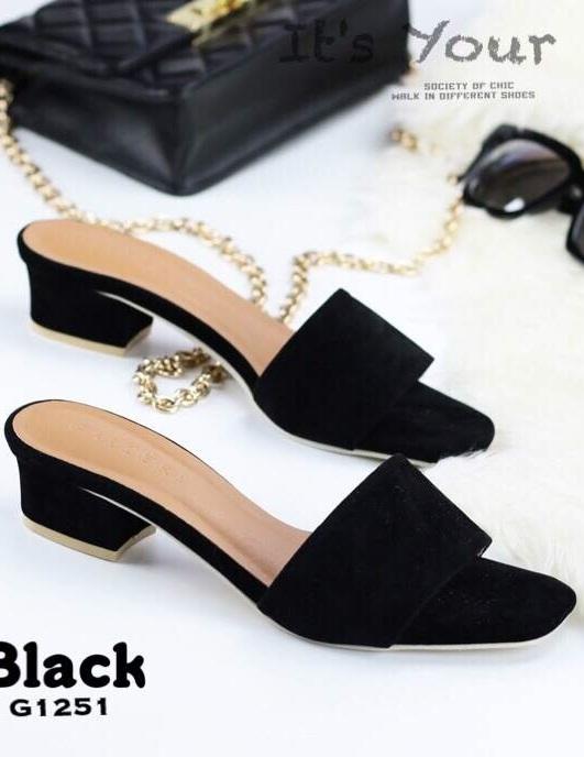 รองเท้าแตะส้นตันสีดำ หน้าสวม ผ้ากำมะหยี่ (สีดำ )