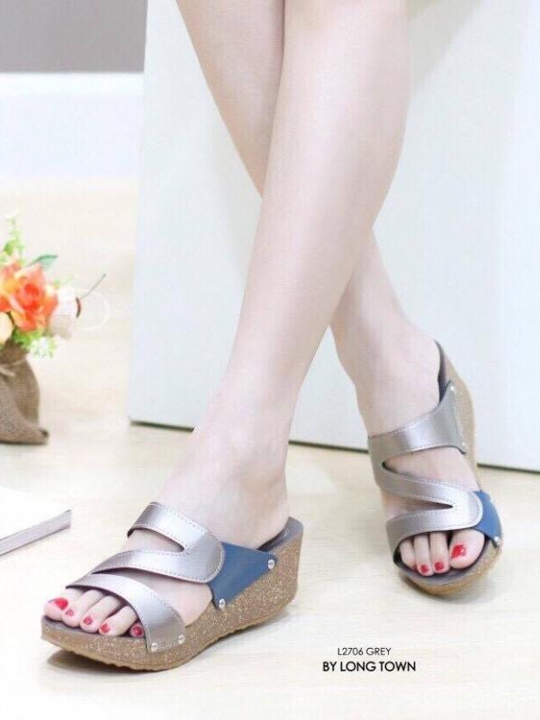 รองเท้าแตะผู้หญิง สไตล์ลำลอง สีทูโทน (สีเทา )
