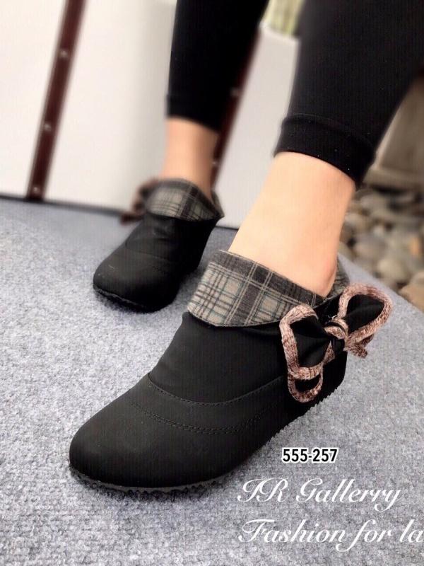 รองเท้าบูทผู้หญิง แต่งโบว์ข้าง (สีดำ )
