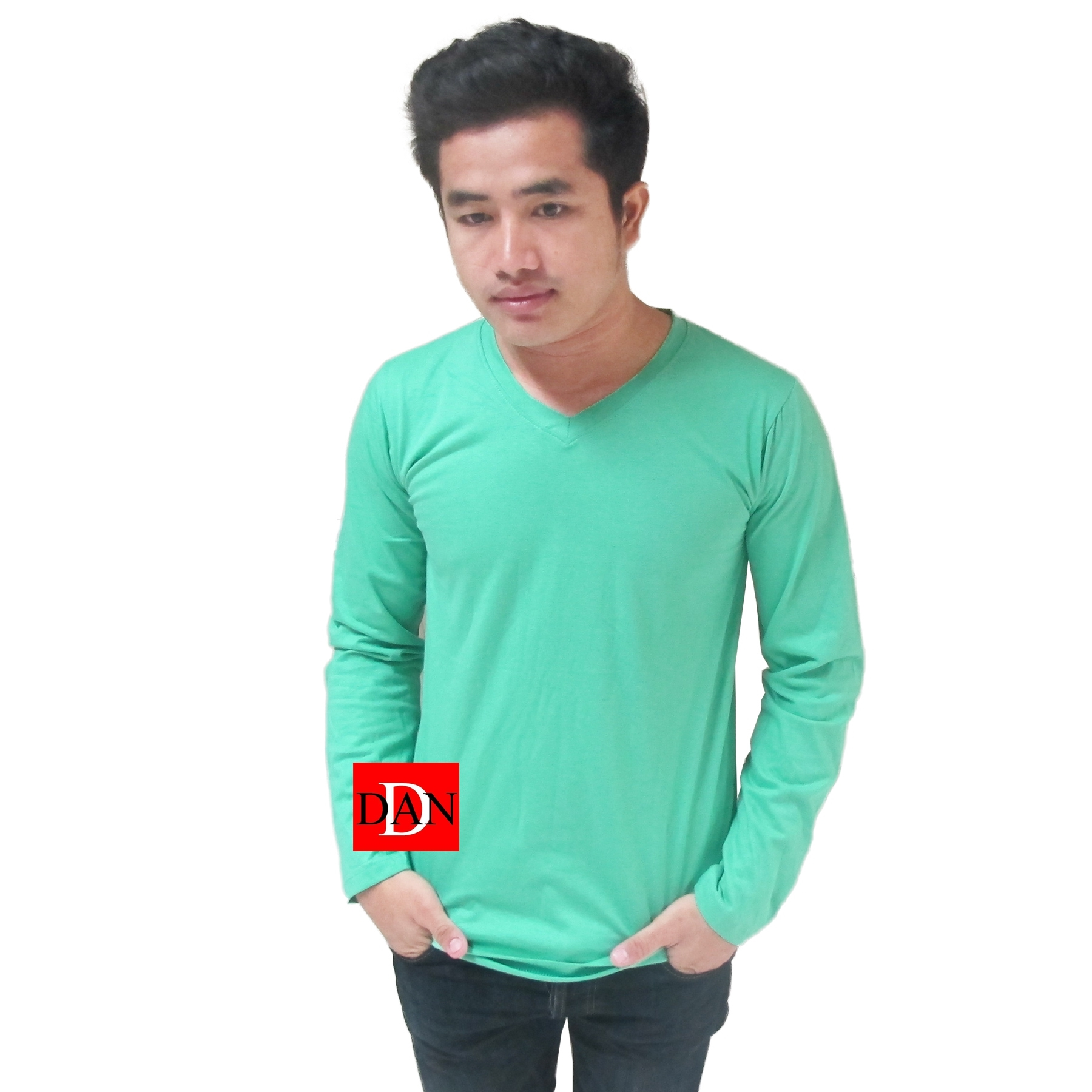 เสื้อแขนยาว คอวี สีเขียวมิ้น