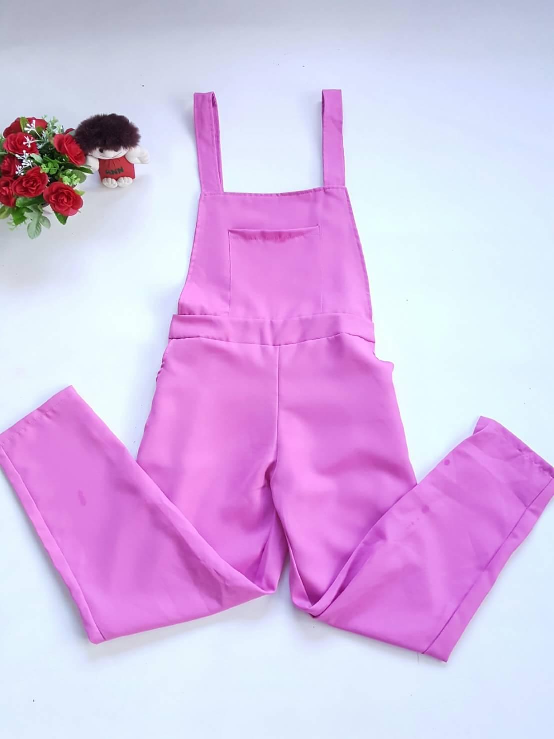 เอี๊ยมกางเกงขายาวผ้าโซล่อน สม๊อคเอว สีชมพู