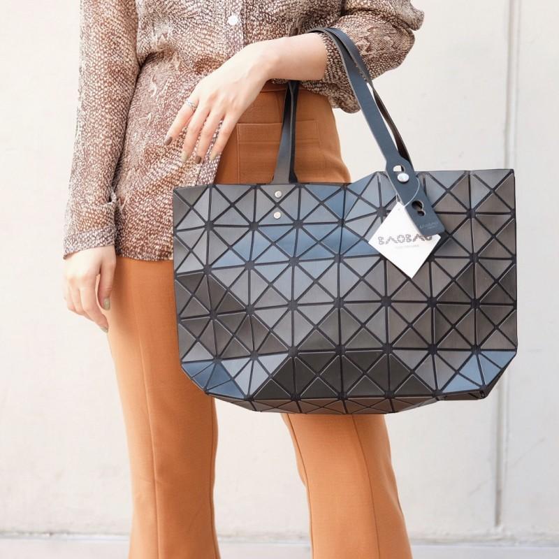 กระเป๋าสะพายแฟชั่น กระเปาสะพายข้างผู้หญิง Bao Bao 7*8 Logo สีด้าน [สีดำ ]