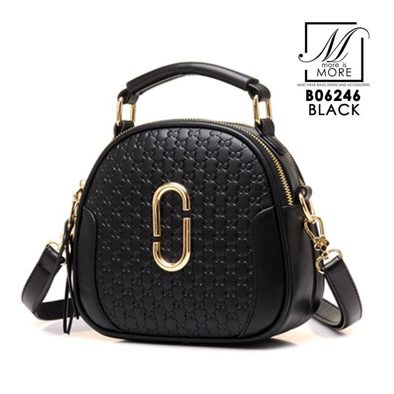 กระเป๋าสะพายกระเป๋าถือ แฟชั่นนำเข้าดีไซน์หรู B06246-BLK (สีดำ)