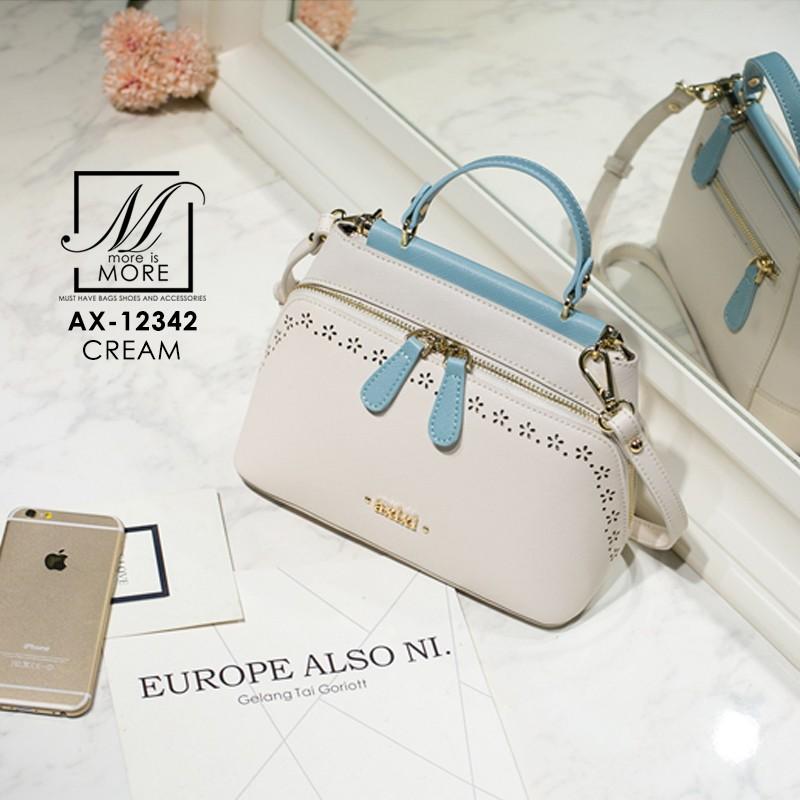 กระเป๋าสะพายกระเป๋าถือ แฟชั่นนำเข้าสไตล์คุณหนู AX-12342-CRM (สีครีม)