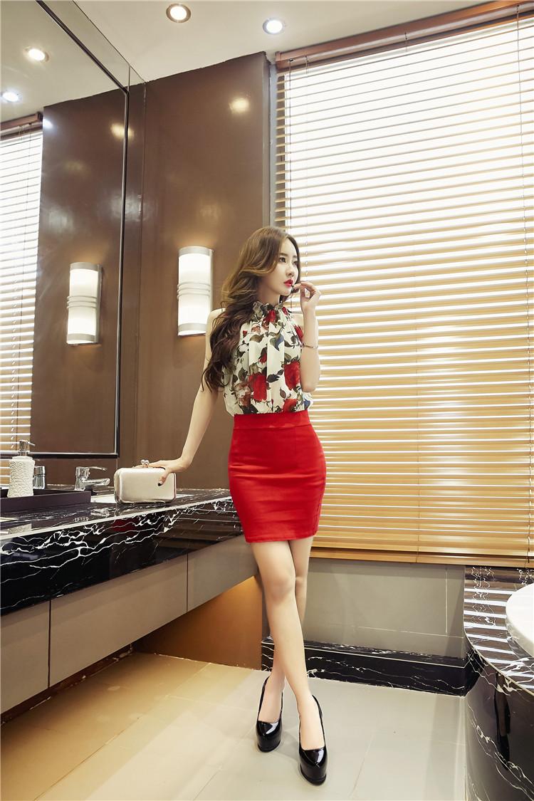 ชุดเดรสแฟชั่นเกาหลีกระโปรงสีแดงเริ่ดๆ