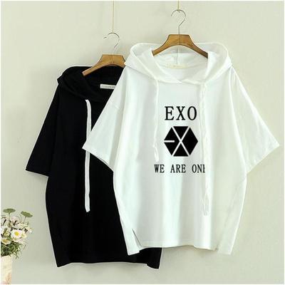 เสื้อแฟชั่นเกาหลี พิมพ์ลายด้านหน้า EXO แต่งเชือกฮู้ด มี2สี