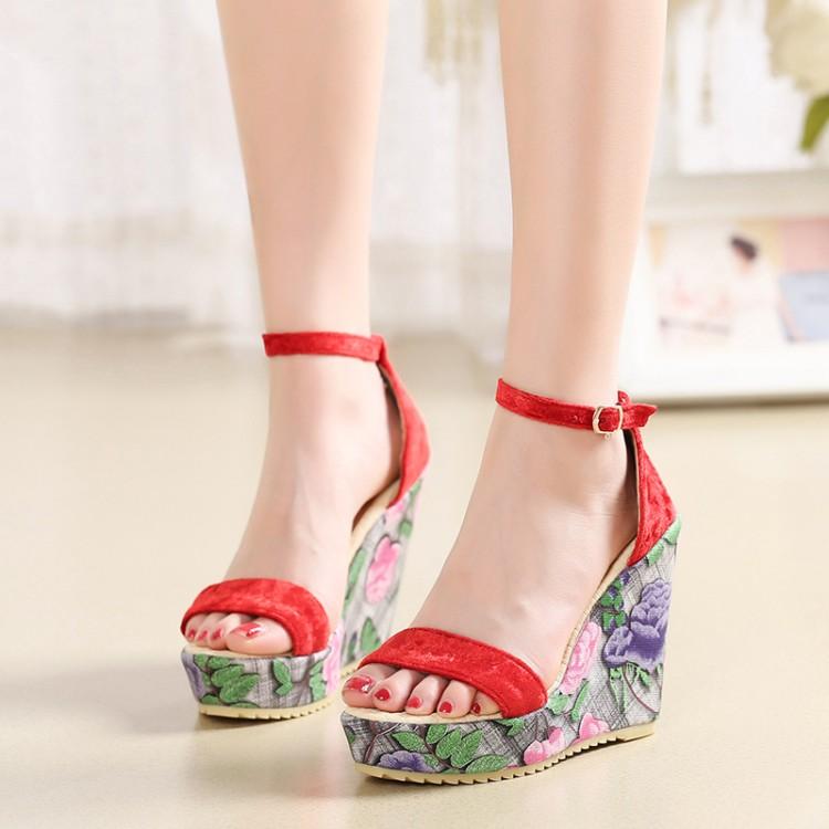 Preorder รองเท้าแฟชั่น สไตล์ เกาหลี 33-43 รหัส 9DA-5563