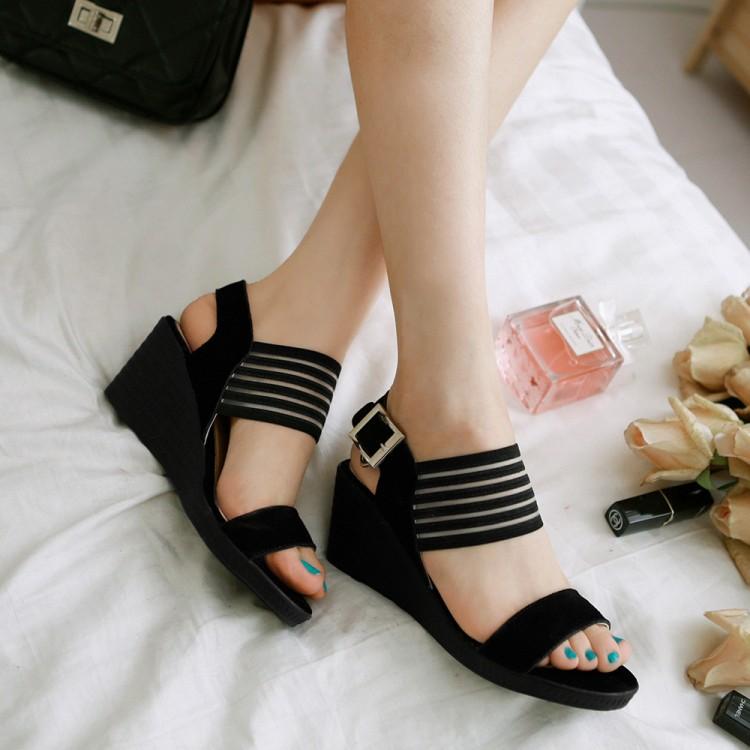 Preorder รองเท้าแฟชั่น สไตล์เกาหลี 35-39 รหัส SK-7779
