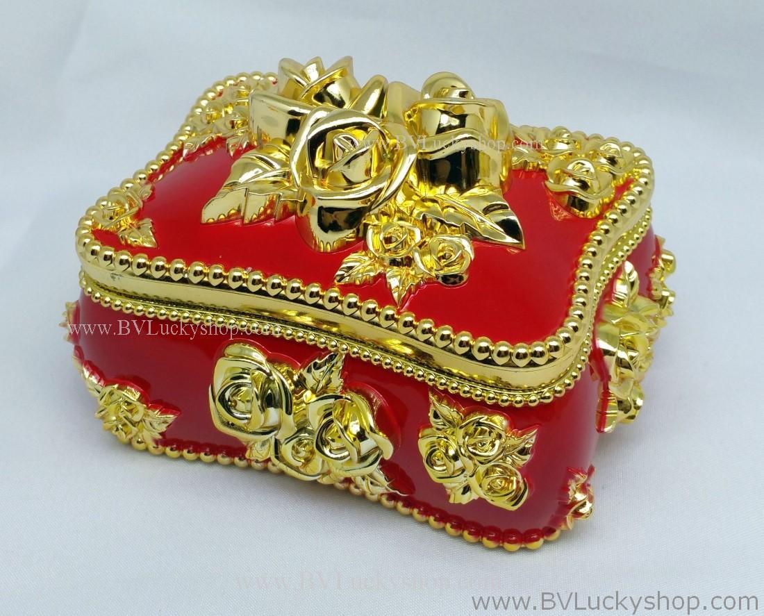 กล่องเก็บเครื่องประดับ สี่เหลี่ยม ยาว 5 นิ้ว - สีแดง/ทอง [SQ18010-Red.G]