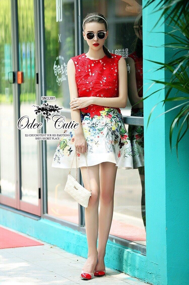 Elegant red embroidered lace dress