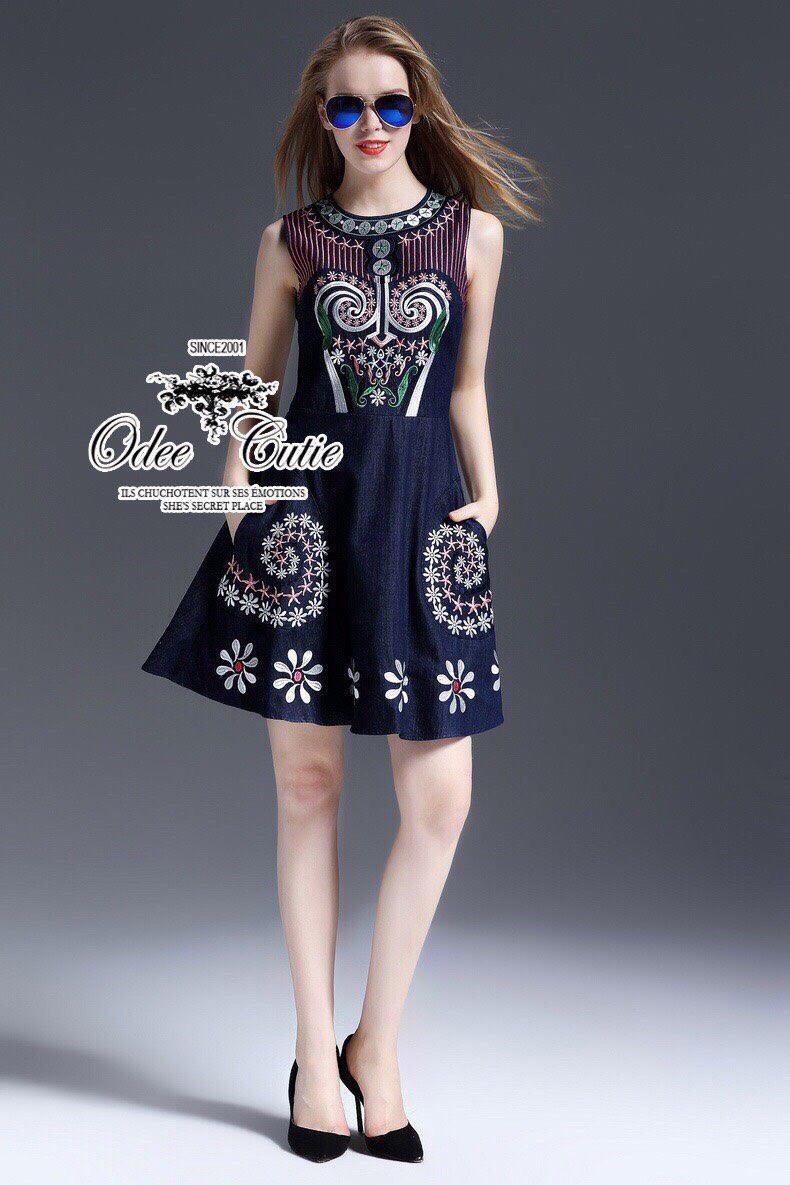 Embroidery mini dress