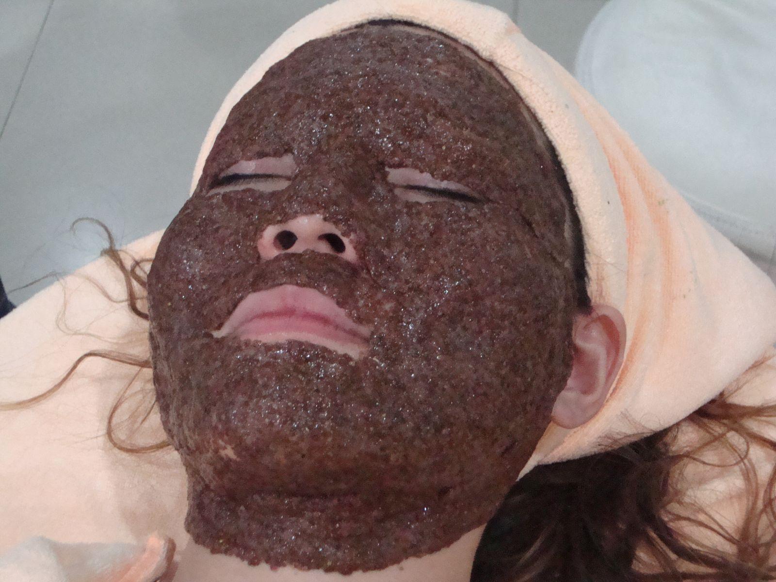 3. มาร์คดูดสารพิษ Rize' Detox Mask