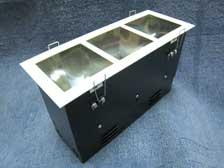 ดาวไลท์กล่องเหลี่ยมฝาปิดตูด 3 ช่อง