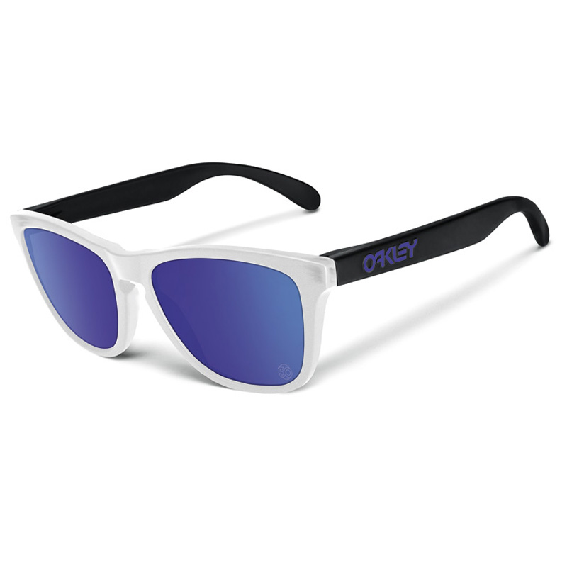 Oakley Frogskins : Heritage Collection Matte Clear / Violet Iridium Lens