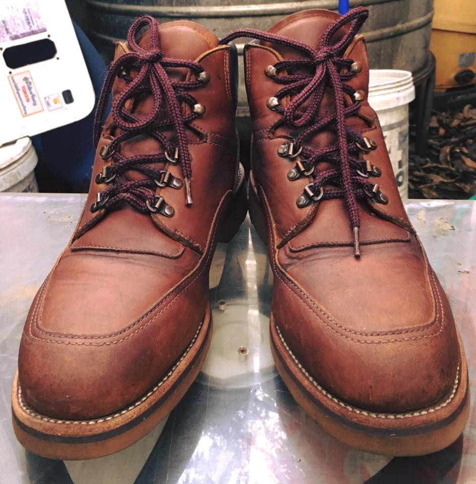 Red wing work boot หัวไม่เหล็กนะครับ size 11D
