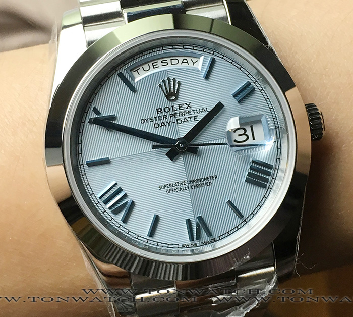 ROLEX DAY-DATE 40 MM Ice Blue