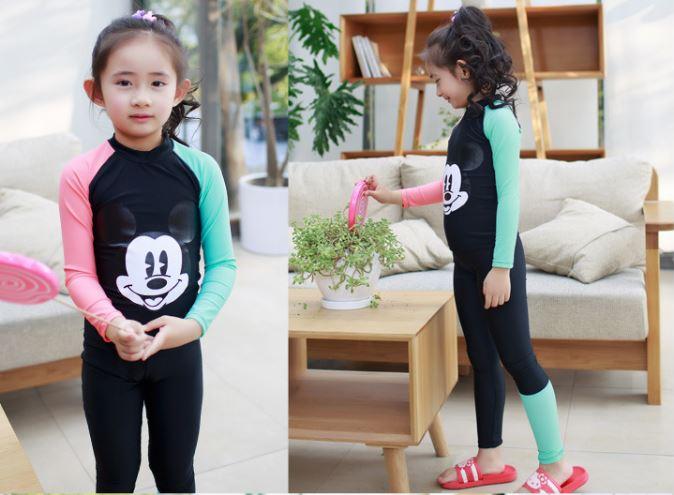 ชุดว่ายน้ำเด็กผู้หญิง เสื้อแขนยาว กางเกงขายาว สีดำ ลายมิ๊กกี้ (รุ่นนี้มีชุดคู่ แม่-ลูก ด้วยค่ะ)