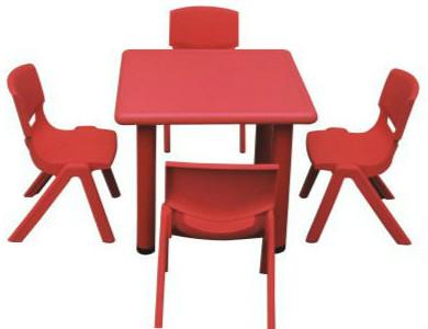 โต๊ะเด็กเล็กสี่เหลี่ยมจัตุรัส