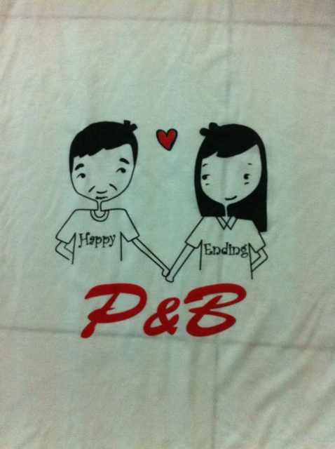 เสื้อคอกลม Happy Ending P&B