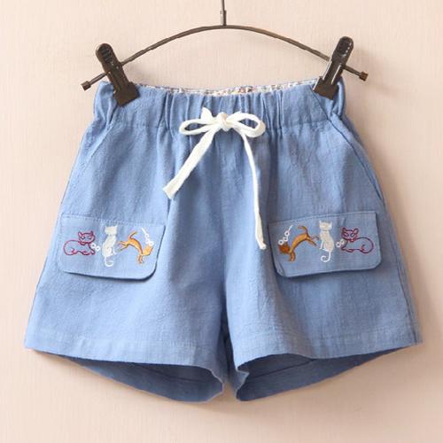 กางเกงสีฟ้า