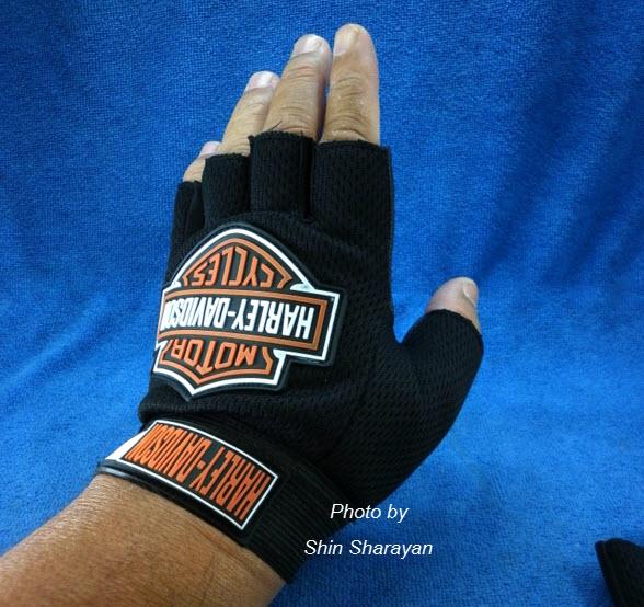 ถุงมือมอเตอร์ไซค์หนัง+ผ้า แบบครึ่งมือ Harley Davidson