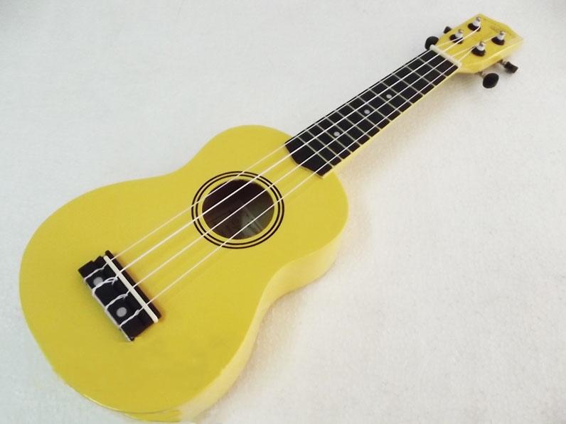 อูคูเลเล่ Ukulele Kokoma สีเหลือง Basswood สาย German White