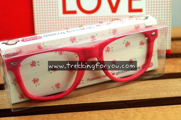 แว่นตาแฟชั่นสไตล์เกาหลี : สีชมพู BH003