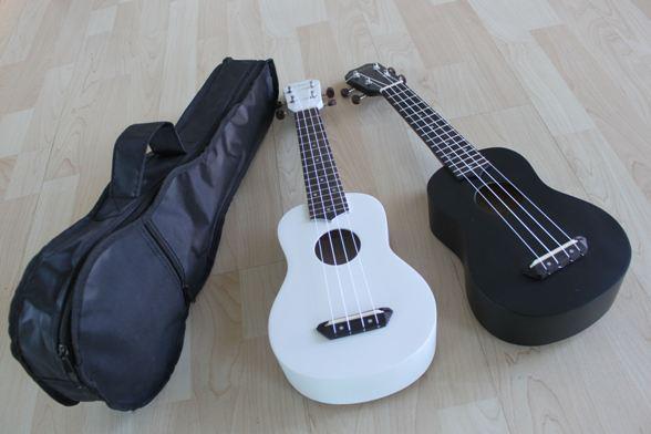 อูคูเลเลเล่ Ukulelel Mild รุ่น Basic White/Black Soprano