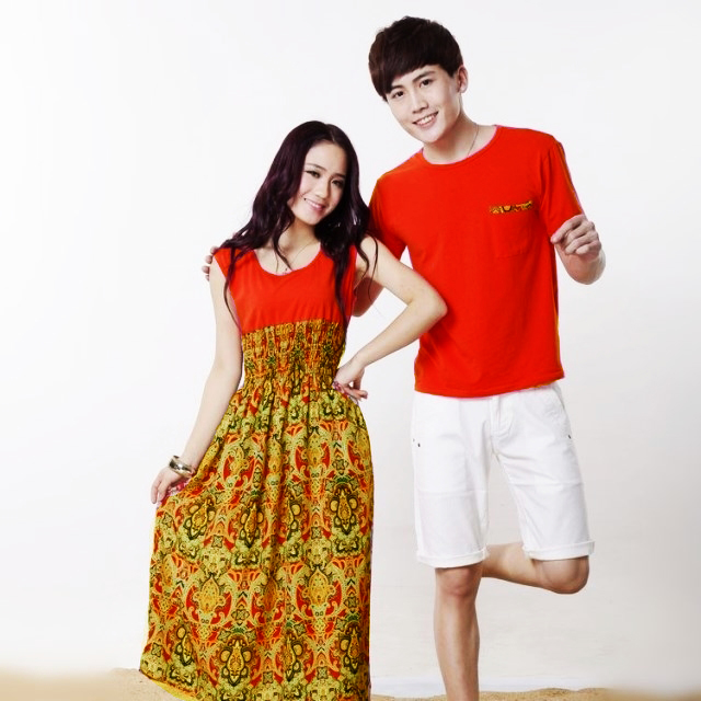 เดรสคู่รัก เสื้อคู่รัก ชายเสื้อแขนสั้น+ หญิงเดรสยาวแขนกุดสไตส์ฮาวาย สีส้ม +พร้อมส่ง+