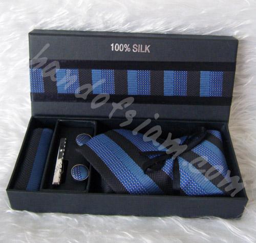 เนคไทผ้าไหม Silk NT011