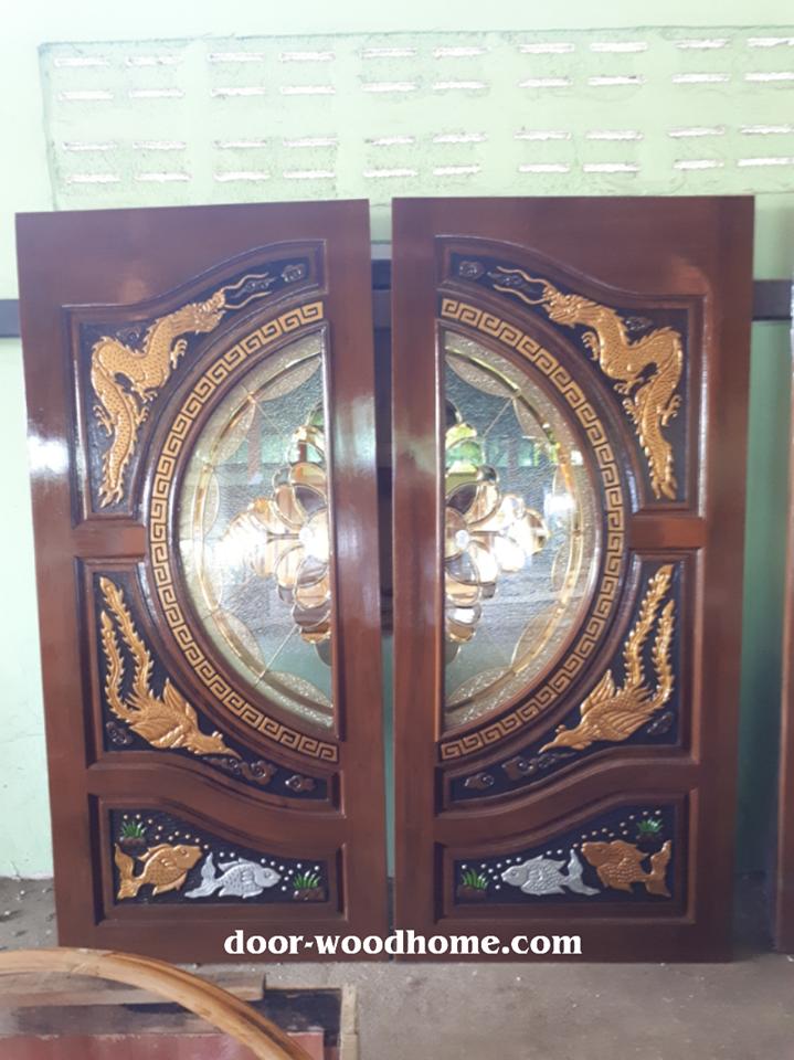 ประตูไม้สักกระจกนิรภัย แกะหงส์,มังกร,ปลาเงินปลาทองเกรดA รหัส NNA178
