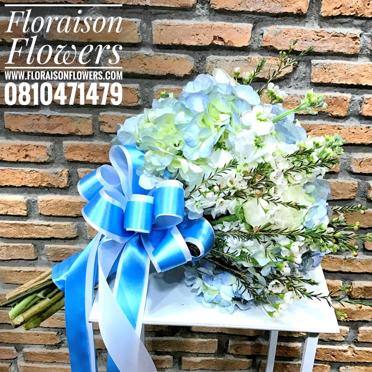 ช่อดอกไม้วันเกิด สีฟ้าพาสเทล แบบเปลือยก้าน (L)