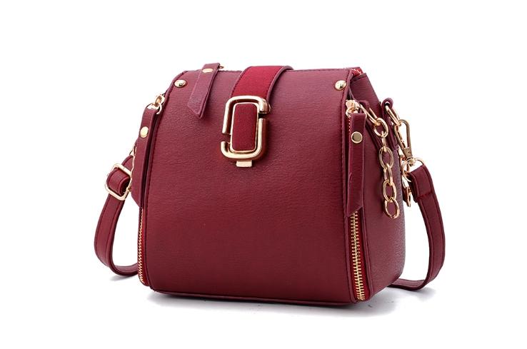 กระเป๋าถือ mustard style (สี deep red)