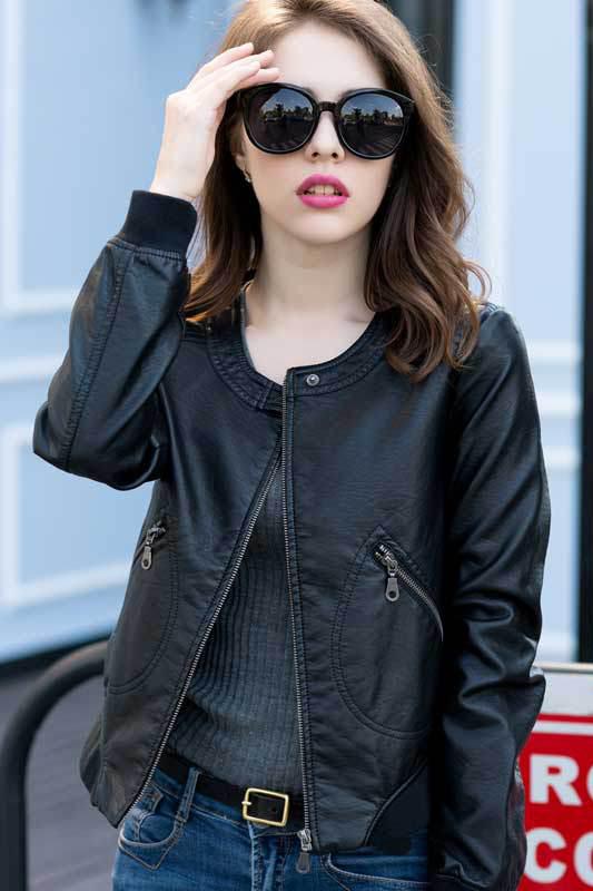 เสื้อแจ็คเก็ต เสื้อหนังแฟชั่น พร้อมส่ง สีดำ คอจีน ตัวสั้น หนังด้าน ดีเทลซิบรูดปลายแขนเก๋ ติดกระดุมแป๊กตรงคอเสื้อสุดเท่ห์