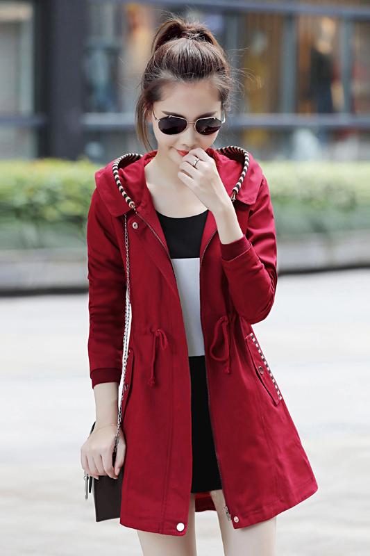 เสื้อกันหนาว พร้อมส่ง สีแดง ตัวยาวคลุมสะโพก เนื้อผ้าดีมากๆเลยค่ะ งานสวยสมราคาแน่นอน