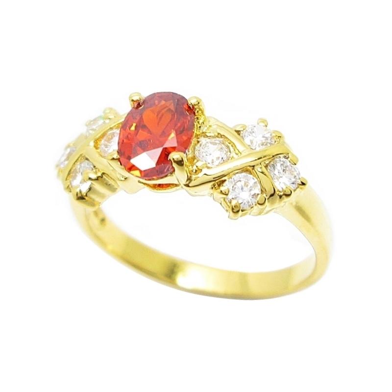 แหวนพลอยโกเมนประดับเพชรชุบทอง